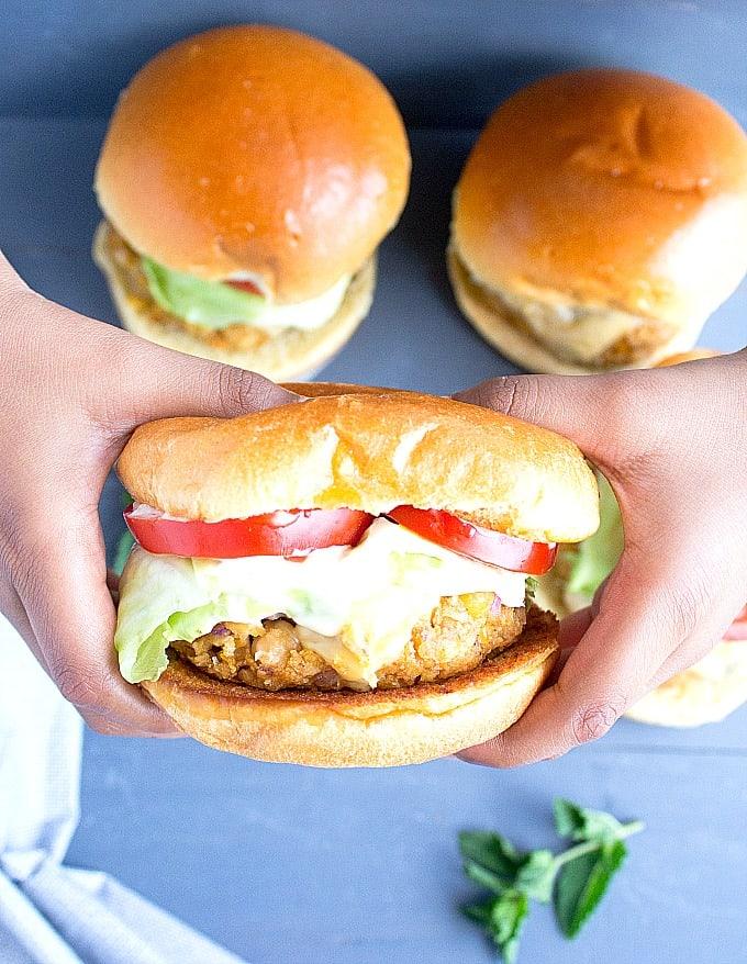 easy chickpea burgers
